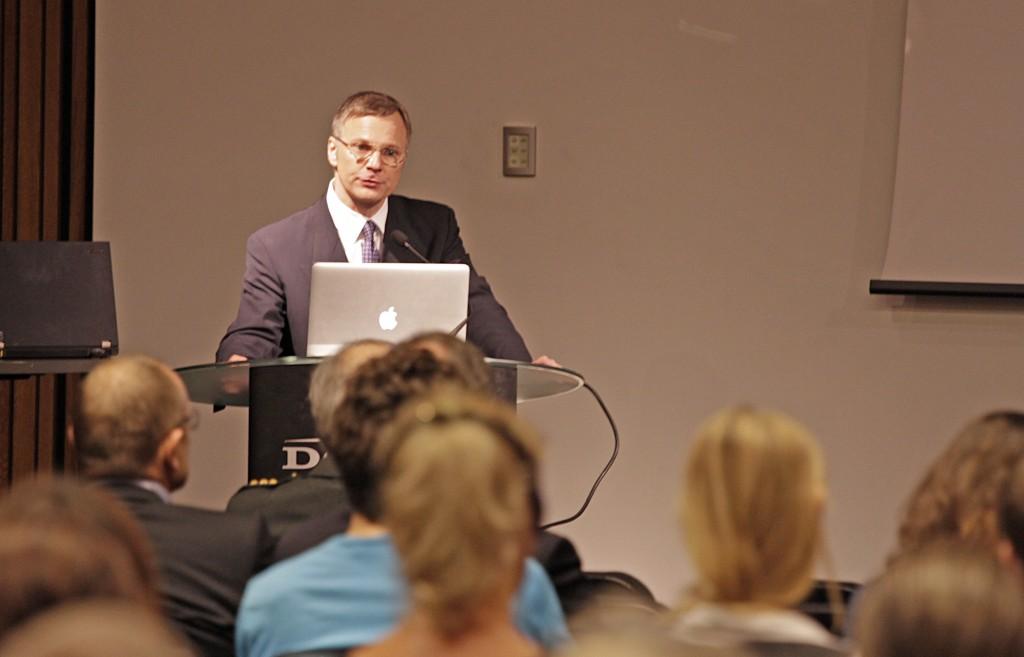 Konverentsil esines ettekandega endine Los Angelese traumakliiniku arst doktor Peep Talving.