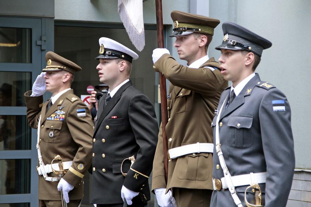 Kõrgema Sõjakooli maa-, mere- ja õhuväe kurstusele ning keskastme kursusele saab kandideerida kuni 6. juulini.