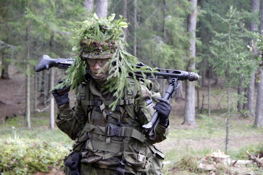 Kõrgema Sõjakooli noorkadett ühtlustamiskursusel