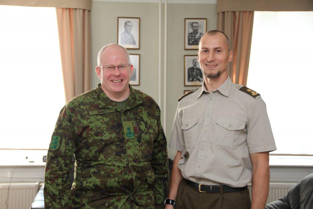 Kaitseväe juhataja asetäitja brigaadikindral Indrek Sirel ja KVÜÕA ülem kolonelleitnant Enno Mõts. Foto: Annett Kreitsman
