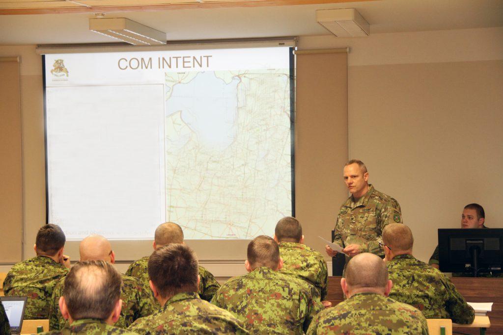 Brigaadi tasemel otsuse vastu võtmise protsessi harjutuse algus. Foto: kpt Kristjan Kostabi